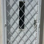 mříž - dveře